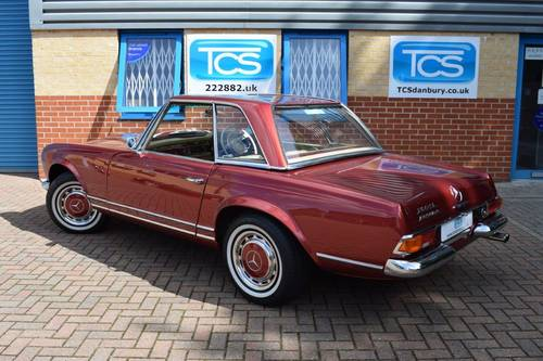 1967 Mercedes 250SL Automatic Pagoda Roadster Softtop SOLD (picture 2 of 6)