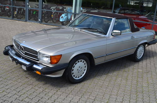 1988 Mercedes 560 SL Cabrio 5,5 Aut.  SOLD (picture 1 of 6)