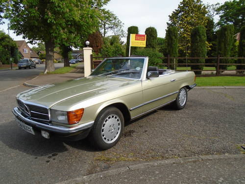 Mercedes 380 SL   1982 Auto/ Pas  Hard & Soft Tops  SOLD (picture 1 of 6)