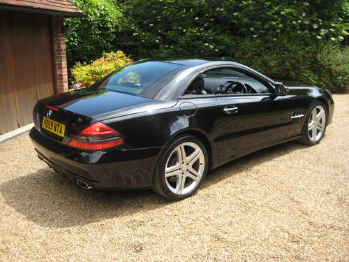 2009 Mercedes Benz SL350 Sports Pack With Pan Roof + Air Scarf For Sale (picture 6 of 6)