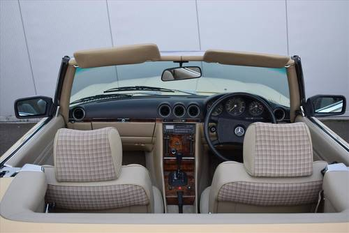 1985 Mercedes 380SL Auto (Hard & Soft Top) For Sale (picture 5 of 6)