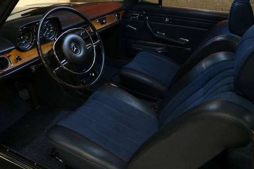 LHD 1970 MERCEDES 250c Concours and Matching For Sale (picture 4 of 6)