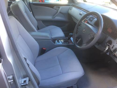 2001 MERCEDES E240 ELEGANCE AUTO SALOON LOW MILEAGE W210 SOLD (picture 5 of 6)