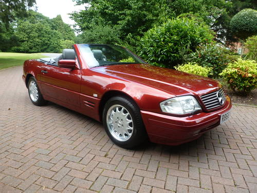 1998 Exceptional low mileage SL320 SOLD (picture 1 of 6)
