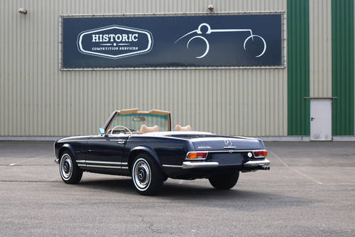 1970 Mercedes 280SL Pagoda Hard top Automatic SOLD (picture 2 of 6)