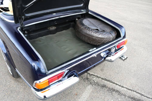 1970 Mercedes 280SL Pagoda Hard top Automatic SOLD (picture 4 of 6)