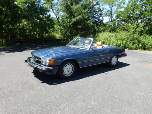 1988 Mercedes 560SL Two Tops Very Presentable - SOLD (picture 3 of 6)