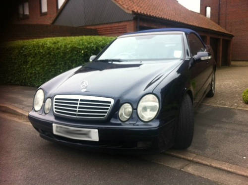 2001 Mercedes CLK430 Cabriolet Convertible For Sale (picture 1 of 6)