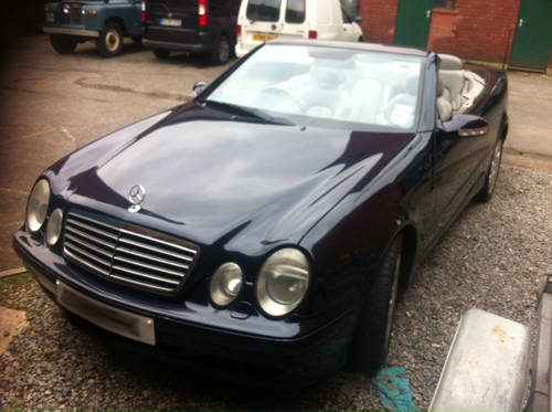 2001 Mercedes CLK430 Cabriolet Convertible For Sale (picture 3 of 6)