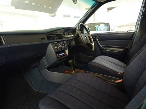 1989 Mercedes 190E 2.0 Auto Facelift  For Sale (picture 5 of 6)