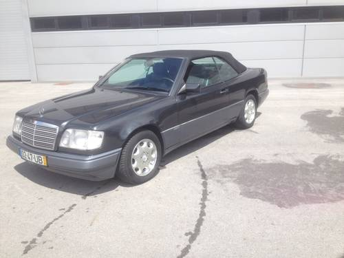 1995 Mercedes Benz E 220 cabrio For Sale (picture 1 of 5)