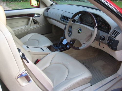 1998 Mercedes Benz SL320 R129 With Just 7,900  Miles From New For Sale (picture 4 of 6)