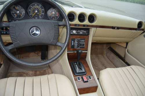 1978 Mercedes 450 SL 4,5 Cabriolet Aut.  SOLD (picture 4 of 6)