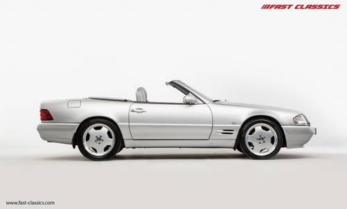 1999 Mercedes SL 320 // Pan roof // UK Supplied SOLD (picture 1 of 6)
