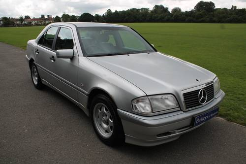 1998 Mercedes Benz C250 Turbo Diesel Automatic W202 Saloon For Sale (picture 1 of 6)