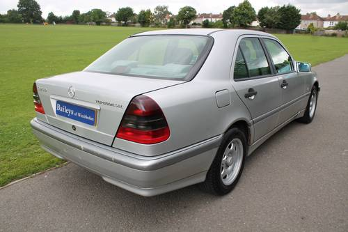 1998 Mercedes Benz C250 Turbo Diesel Automatic W202 Saloon For Sale (picture 3 of 6)