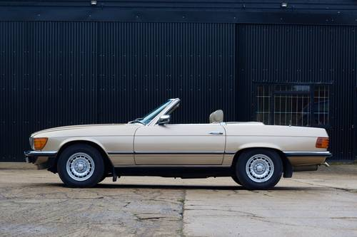 1985 Mercedes-Benz (R107) 280SL SOLD (picture 2 of 6)