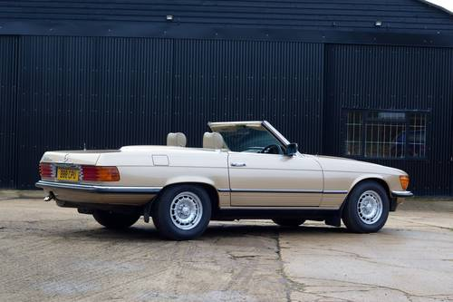 1985 Mercedes-Benz (R107) 280SL SOLD (picture 3 of 6)