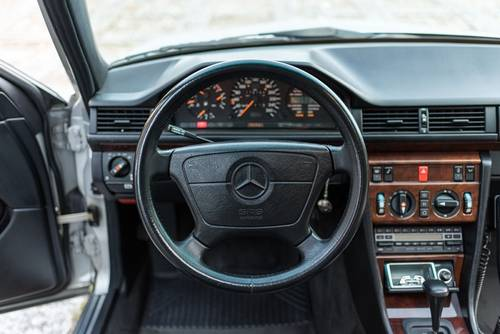 1991 Mercedes 500E - 1 Owner -Top Condition SOLD (picture 4 of 6)