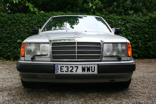1988 STUNNING W124 300E COUPE, £2500 SPENT RECENTLY SOLD (picture 4 of 6)