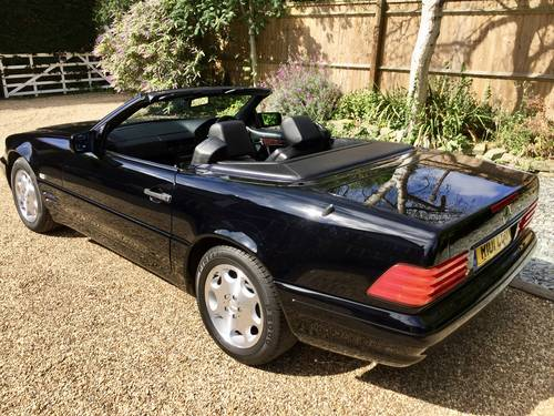 1997/R - Mercedes 320SL R129.FMBSH.Pan roof *DEPOSIT TAKEN* SOLD (picture 3 of 6)