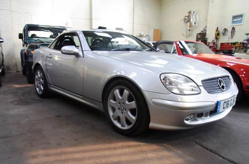 2001 Mercedes-Benz SLK 320 coupe convertible For Sale (picture 2 of 6)
