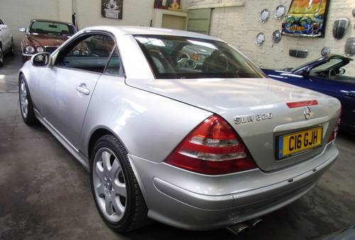 2001 Mercedes-Benz SLK 320 coupe convertible For Sale (picture 3 of 6)