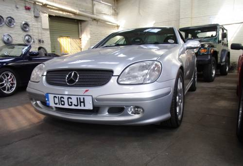 2001 Mercedes-Benz SLK 320 coupe convertible For Sale (picture 6 of 6)