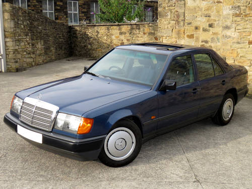 1989 Mercedes W124 230E Auto - Low Miles -FSH- Immaculate Example SOLD (picture 1 of 6)