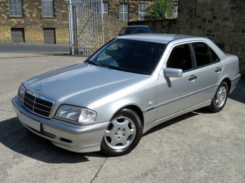 2000 Mercedes W202 C220 CDI Classic Selection Auto - 86K  - FSH  SOLD (picture 1 of 6)