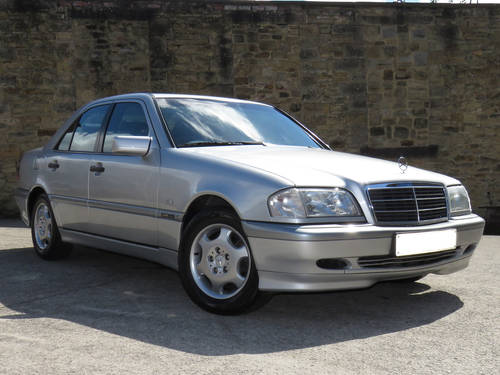 2000 Mercedes W202 C220 CDI Classic Selection Auto - 86K  - FSH  SOLD (picture 3 of 6)