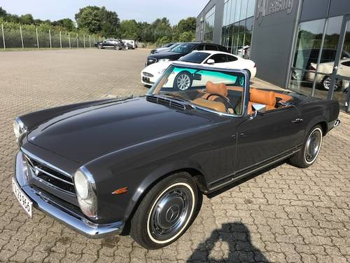 1969 Mercedes SL 280 Pagode SOLD (picture 1 of 6)