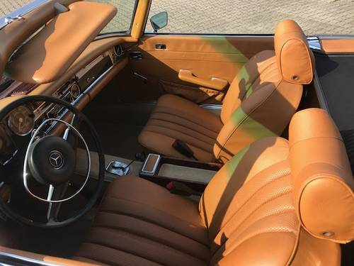 1969 Mercedes SL 280 Pagode SOLD (picture 3 of 6)