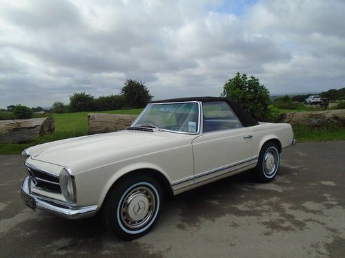 1965 Mercedes Benz 230 SL Pagoda UK RHD Auto/PAS Stunning SOLD (picture 4 of 6)