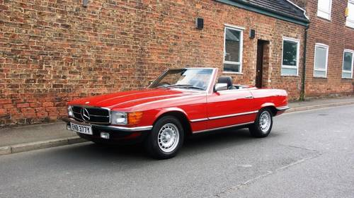 1983 Mercedes-Benz R107 280 SL, full service history  SOLD (picture 1 of 6)