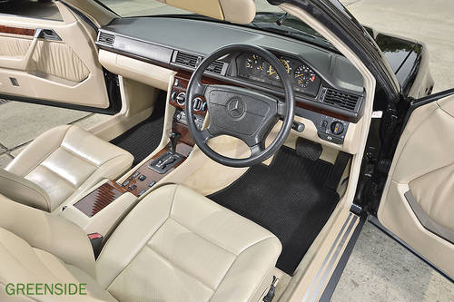 1995 UK  124 series E220 rhd Cabriolet ...Perfection! SOLD (picture 3 of 6)