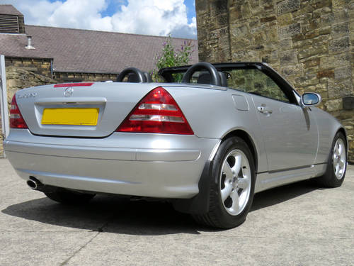 2003 Mercedes R170 SLK320 V6 Auto - 24K Miles - FMBSH - Like New SOLD (picture 4 of 6)