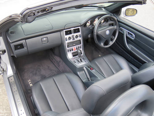 2003 Mercedes R170 SLK320 V6 Auto - 24K Miles - FMBSH - Like New SOLD (picture 5 of 6)