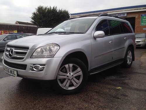 2006 Mercedes-Benz GL Class 4.0 GL420 CDI SUV 5dr Diesel Automati For Sale (picture 1 of 1)
