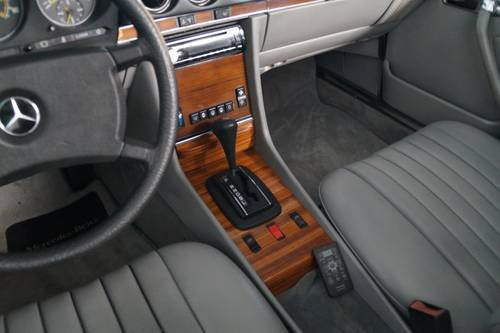 MERCEDES-BENZ 380SL 380 SL roadster (1982) For Sale (picture 6 of 6)