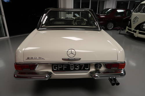 1970 Mercedes 280SL Pagoda RHD For Sale  SOLD (picture 2 of 6)