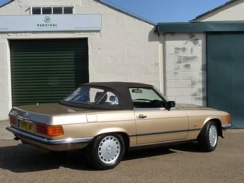 1986 Mercedes 300SL, pristine condition SOLD (picture 2 of 6)