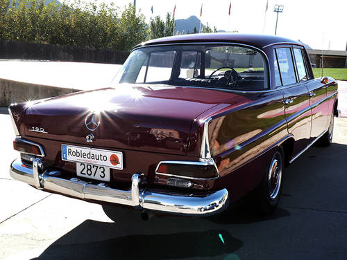 1966 Mercedes Benz 190 1.9 D For Sale (picture 2 of 6)