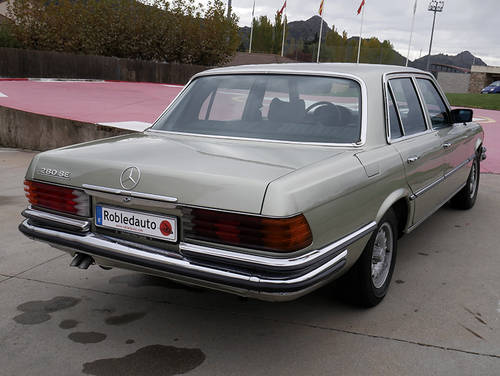 1975 Mercedes Benz 280 SE For Sale (picture 2 of 6)
