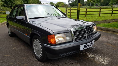 1992 190E 2.0 Auto 81,000miles Full Leather Sroof, AirCon, 4 EWin For Sale (picture 1 of 6)