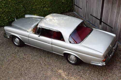 1970 Beautifully restored Mercedes 280 SE Coupé (LHD) For Sale (picture 3 of 6)