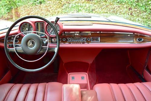 1970 Beautifully restored Mercedes 280 SE Coupé (LHD) For Sale (picture 5 of 6)