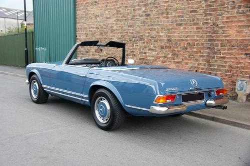 1968 Mercedes-Benz 280 SL Pagoda immaculate RHD example SOLD (picture 3 of 6)