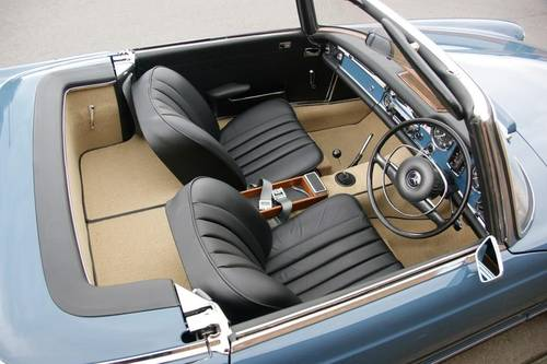 1968 Mercedes-Benz 280 SL Pagoda immaculate RHD example SOLD (picture 5 of 6)