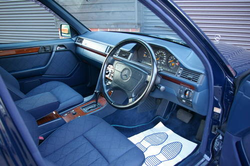 1994 Mercedes-Benz W124 E280 Estate Automatic (67,733 miles) For Sale (picture 4 of 6)